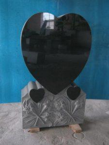 upright-black-granite-stones